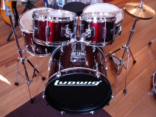drumsets for sale new and used village drum and music scituate ri. Black Bedroom Furniture Sets. Home Design Ideas